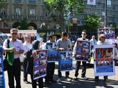 MKO defectors gathering in Saint Michelle Square, Paris