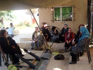 اخبار اعتصام العوائل امام معسكر اشرف ليوم الاحد 22 آب 2010