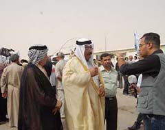 Iraqi tribes' representatives meet with families of Ashraf residents