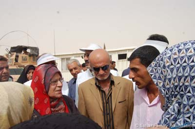 Iraq Salahuddin province tribes meet with the picketing families of Ashraf hostages