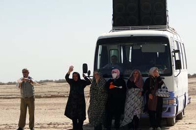 احدث الصور لعوائل المحتجزين في معسكر اشرف