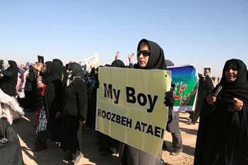 Families demand UNHCR name injured MEK members