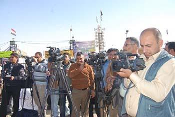 گفتگوی خانواده ها با رسانه های عراقی و بین المللی