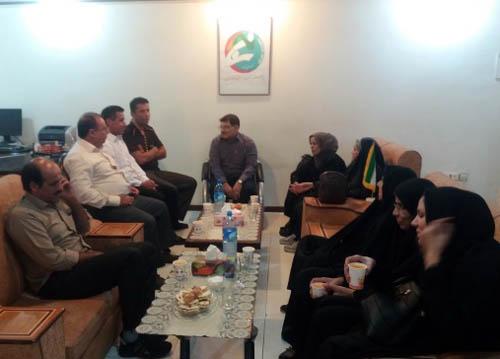 عزیمت خانواده های خوزستانی اسیران دربند فرقه رجوی به عراق
