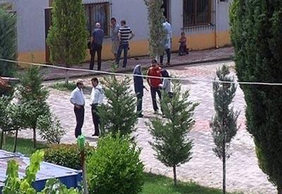 محفل گرم جداشدگان در حیاط خلوت كمپ پناهندگان آلبانی