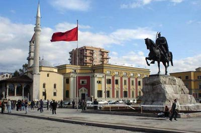 آلبانی