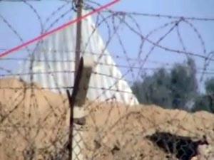 Mojahedin Khalq leaders use parasite equipment to intimidate families at the gates of Camp Ashraf