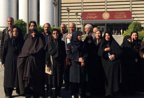 TTL residents' families at Iraqi Parliament