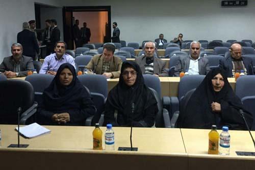 حضور خانواده ها در مجلس عراق و دیدار با نمایندگان