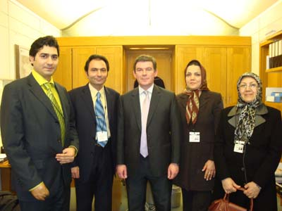 Shadow Minister for Sport, Mr Hugh Robertson met with the Nejat Society delegation in London