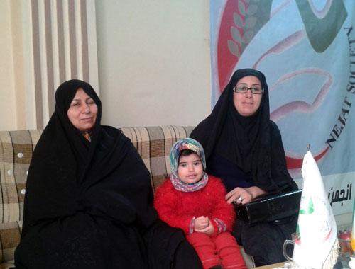 دختری در انتظار رهایی پدرش رضا علی میرزائی، اسیر فرقه رجوی