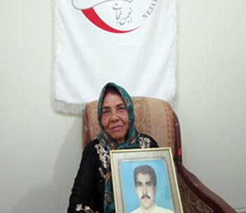گفتگویی با مادر جواد عرب درگی؛ از اسیران فرقه رجوی