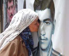 مادری چشم انتظار: می خواهم دوباره حس بغل کردن و بوسیدن شما را تجربه کنم