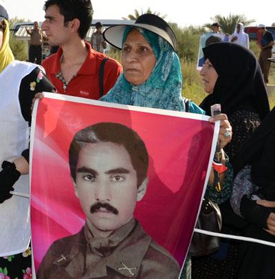 مادر محمد توکلی اسیر فرقه رجوی