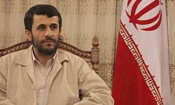 العراق يستخدم زيارة أحمدي نجاد في تسوية قضایا