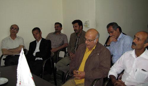 بازگشت علی اصغر باباپور از فرقه رجوی به کانون گرم خانواده