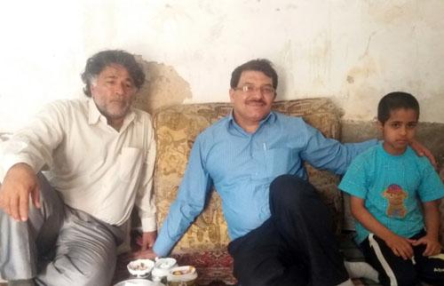 دیدار اعضای انجمن نجات خوزستان با خانواده حشمت الله کاربخش از اسیران دربند فرقه رجوی