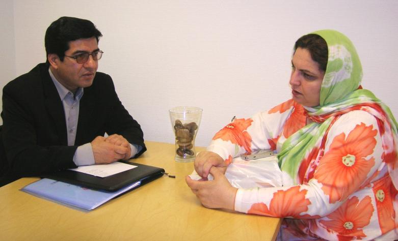 """ملاقات نماینده """"انجمن صلح"""" با خانم """"غزالہ نسیم"""""""